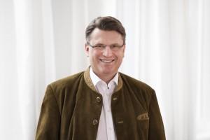 Prof. Dr. Winfried Bausback