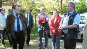 Bausback am 6. Mai 2016 im Naturerlebnisgarten in Kleinostheim